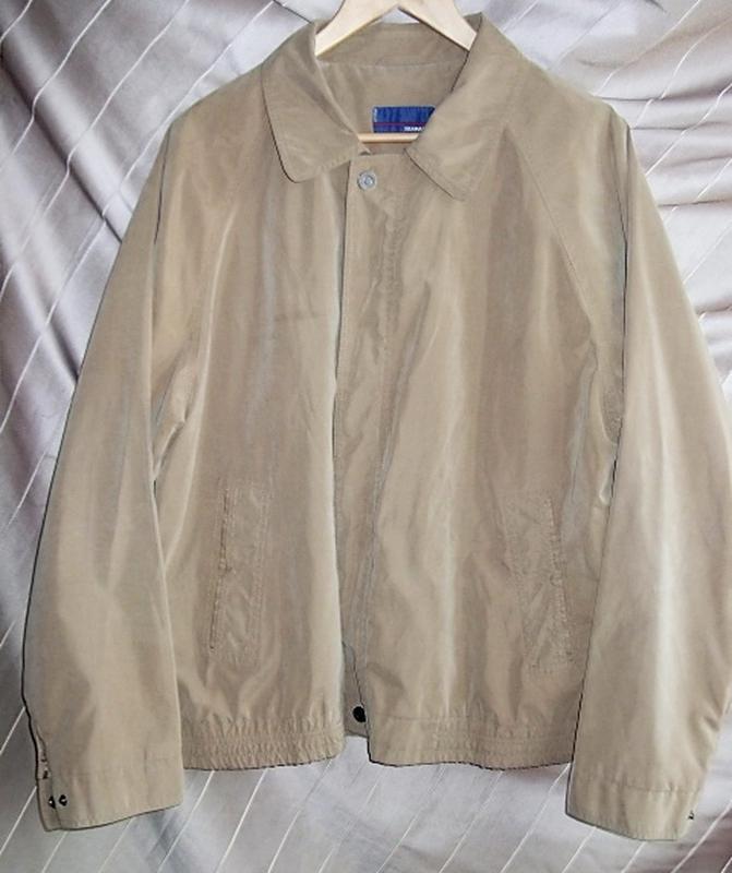 Куртка ветровка мужская. 52 Цвет песочный