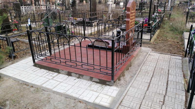 Гранитный памятник резной. Лезник - Фото 2