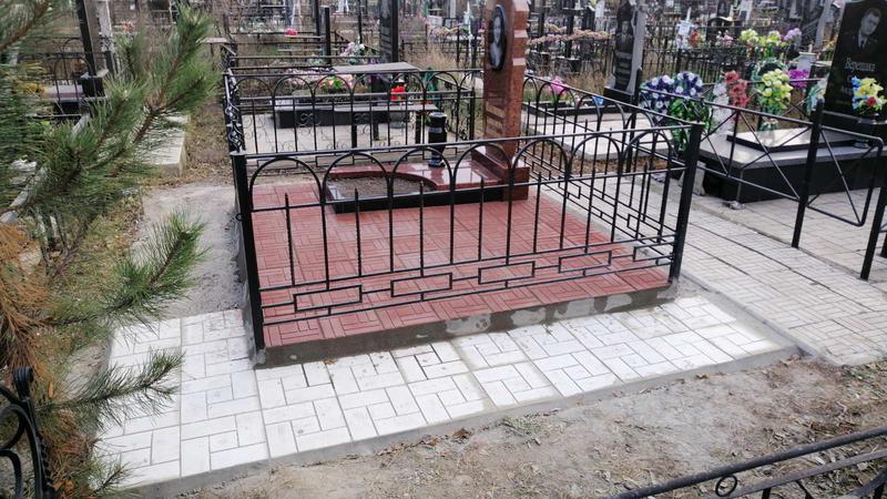 Гранитный памятник резной. Лезник - Фото 3