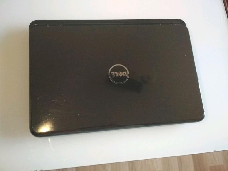 Ноутбук Dell inspiron n5110 + безпроводні навушники