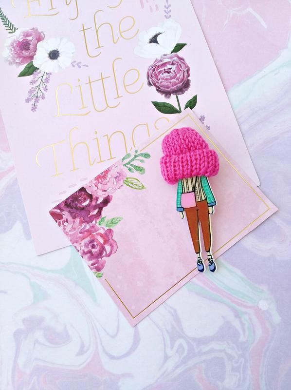 Крутая брошь с шапкой/розовый/бирюзовый/тренд/новая коллекция