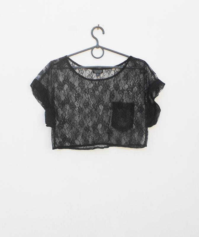 Черная  кружевная блузка  топ