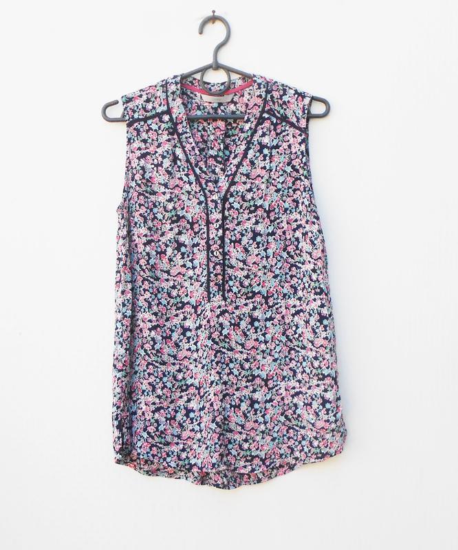 Летняя свободная  блузка из вискозы