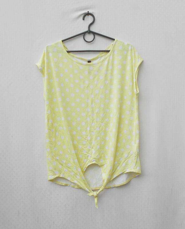 Летняя блузка из вискозы в горошек