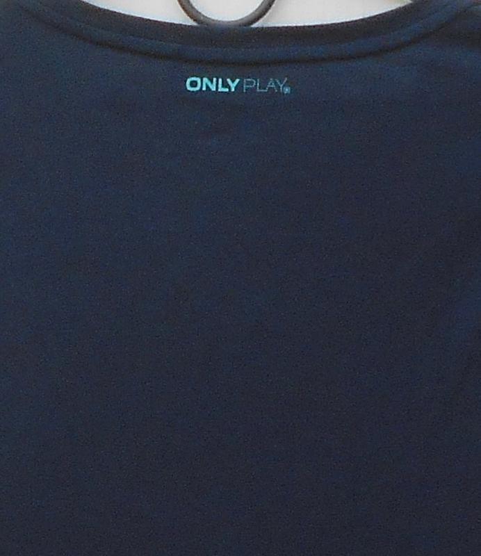 Спортивная трикотажная  футболка  с надписью - Фото 5