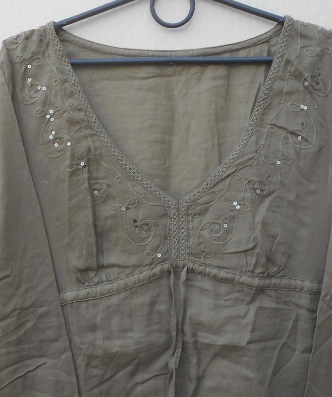 Легкая свободная блузка с вышивкой и пайетками с длиннным рукавом - Фото 2