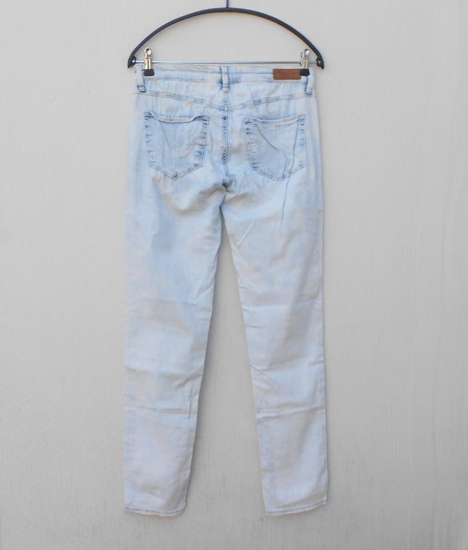 Летние рваные джинсы - Фото 4