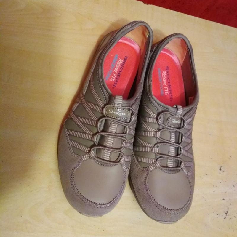 Качественные кроссовки в отличном состоянии - Фото 2