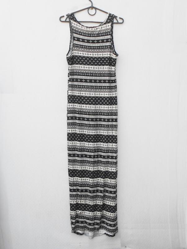 Летнее трикотажное облегающее платье из вискозы в пол - Фото 4