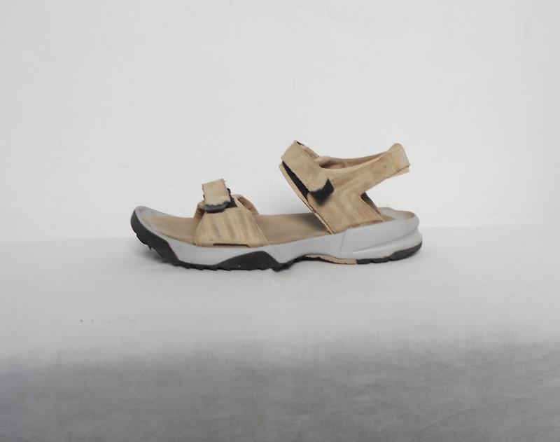 Спортивные кожаные босоножки сандалии на липучках adidas