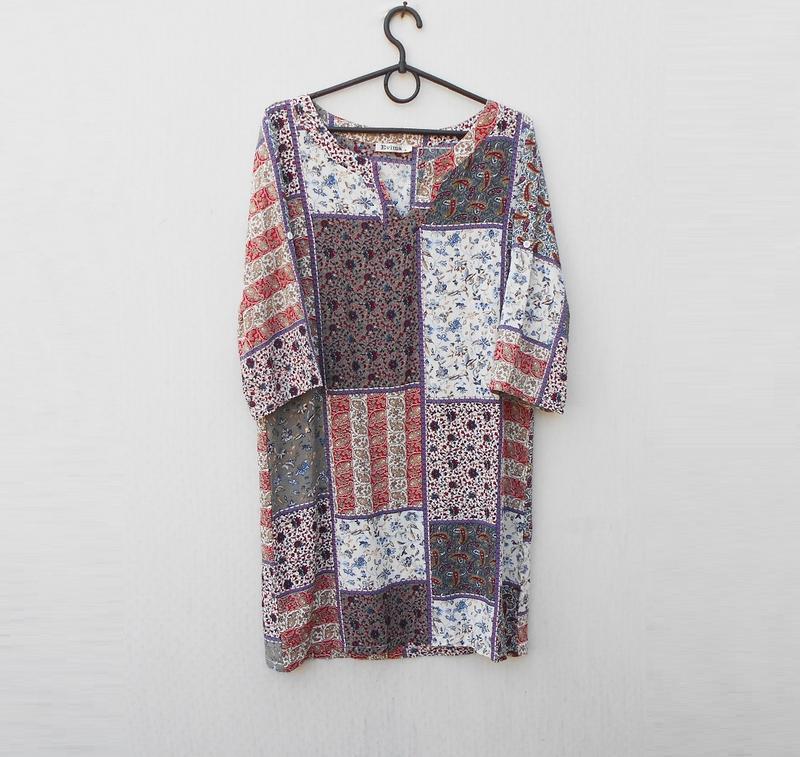 Летнее легкое свободное платье из вискозы с орнаментом с рукав...