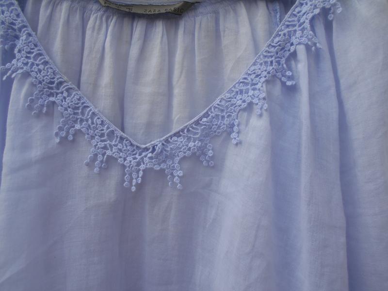 Летняя легкая свободная хлопковая блузка с кружевом - Фото 4