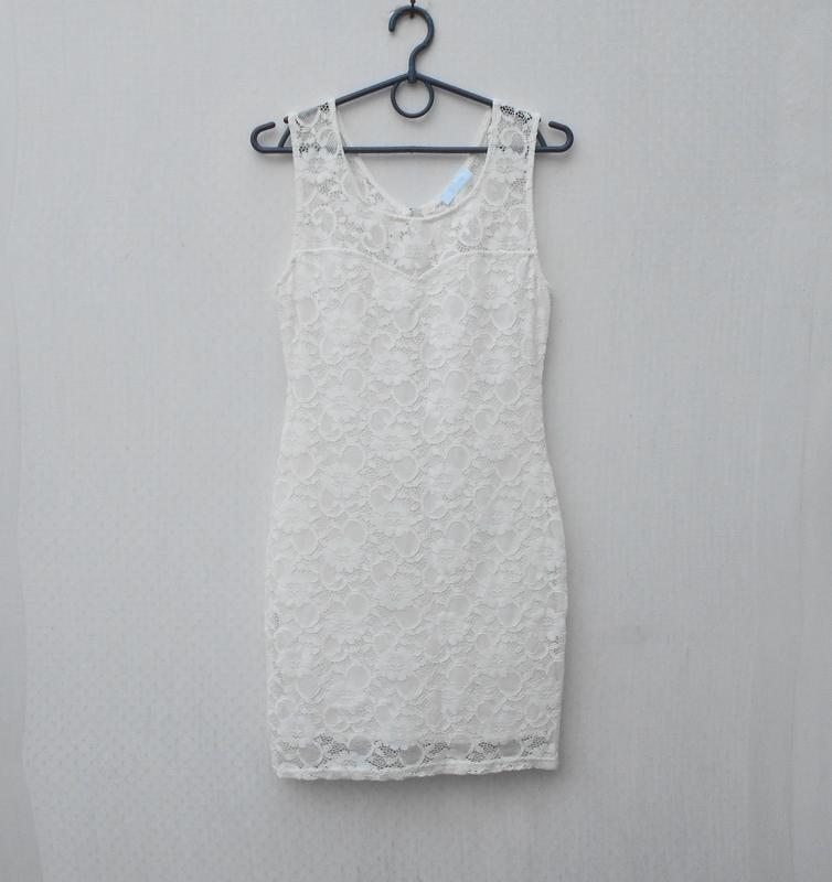 Белое нарядное кружевное сексуальное летнее платье на молнии s...