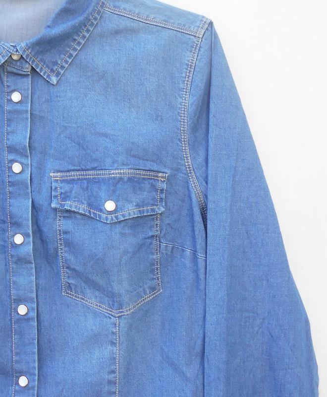 Джинсовая рубашка с воротником с длинным рукавом - Фото 5