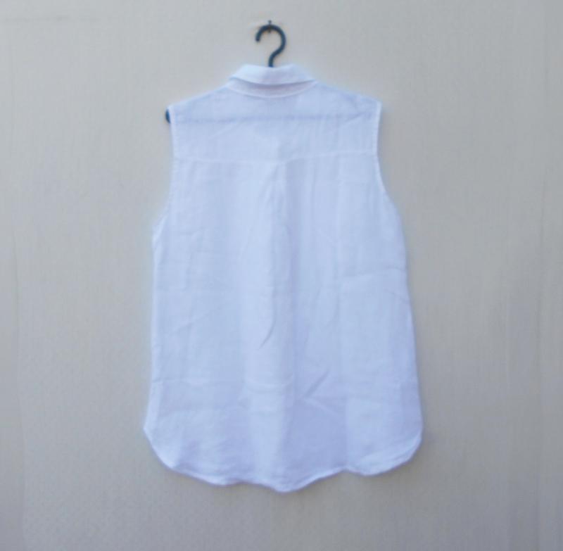 Белая летняя льняная блузка без рукавов - Фото 2