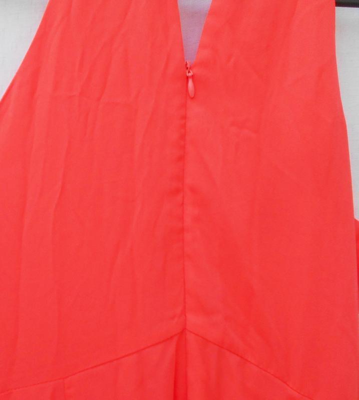 Яркое нарядное коралловое платье на молнии 🌿 - Фото 5