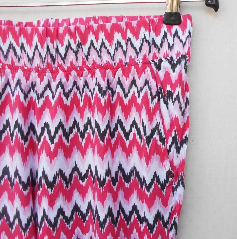 Летние легкие штанишки из вискозы с орнаментом на резинке 🌿 - Фото 2