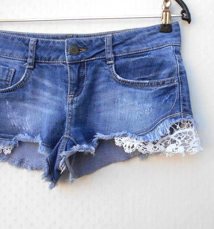 Модные синие потертые джинсовые шорты с кружевом 🌿 - Фото 2