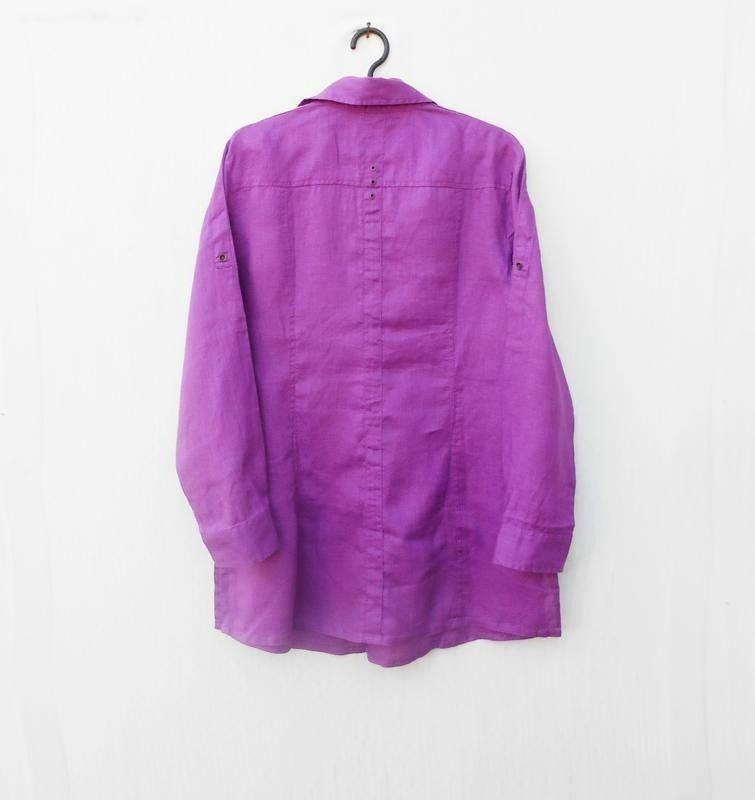 Льняная летняя рубашка с воротником с длинным рукавом - Фото 5