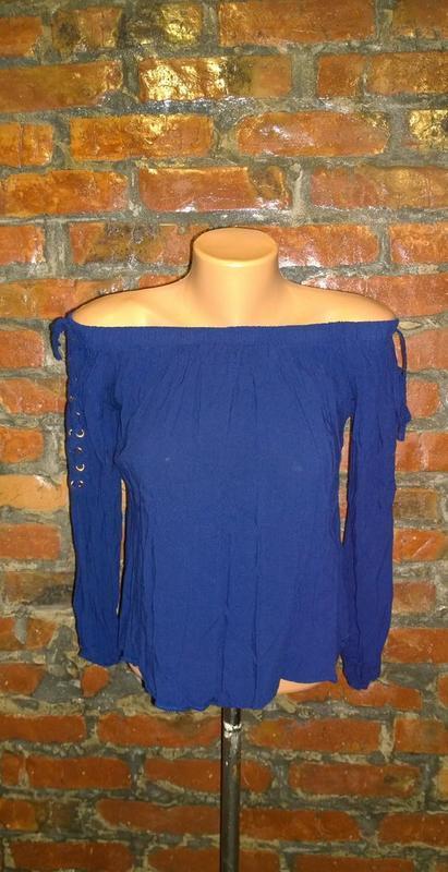 Стильная блуза кофточка на плечи select