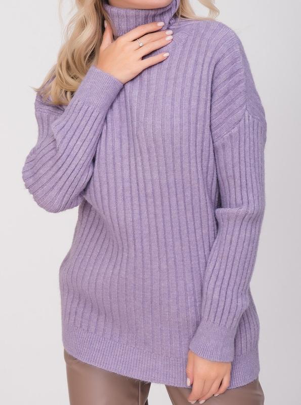 Тёплый свитер оверсайз. сиреневый.