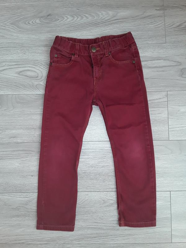 Бордовые джинсы h&m