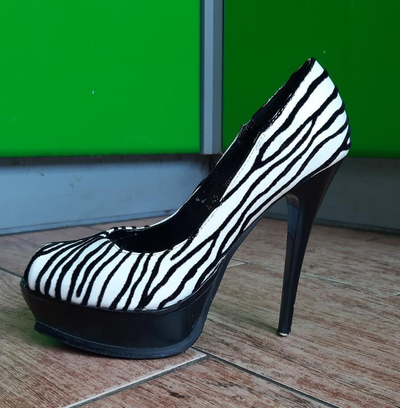 Туфельки зебра с открытым пальчиком 😋😍