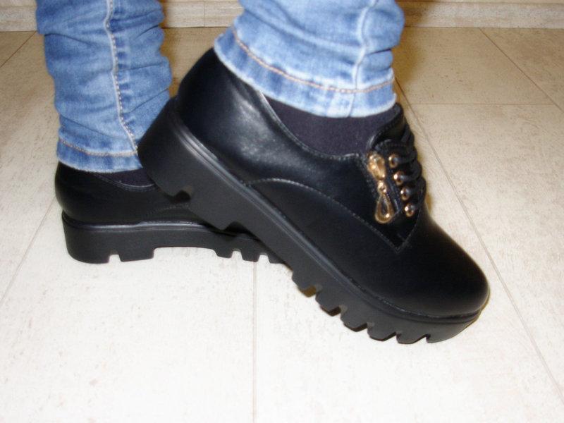 Туфли женские черные на шнурках тракторная подошва стелька кожа - Фото 3