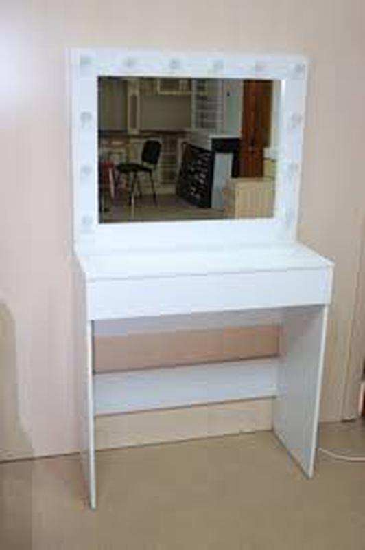 Стол для визажиста, студии, салона, спальни зеркало