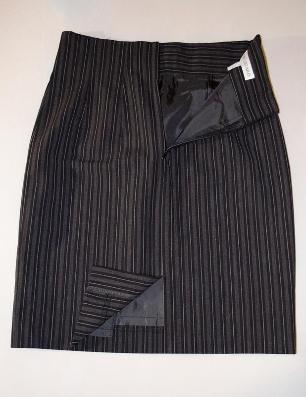 Шикарная юбка rene lezard классика