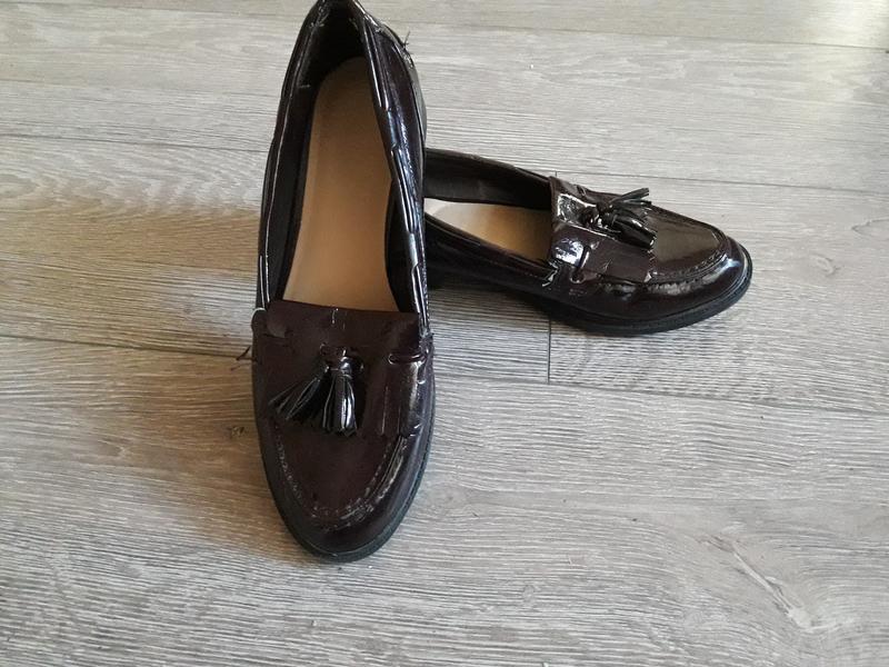 Туфли лоферы лак