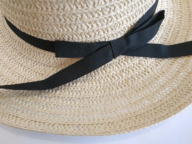 Шляпа женская летняя канотье полями 9 см и лентой кремовая сол... - Фото 2