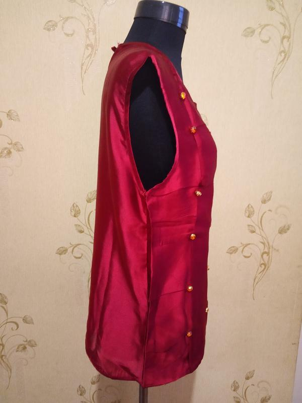 Нарядная блуза с камнями цвет бордо lofty manner - Фото 3