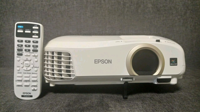 Мультимедийный 3D проектор Epson EH-TW5300