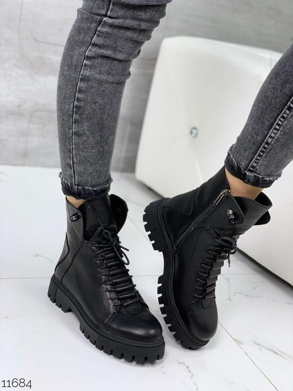 Чёрные кожаные ботинки на массивной подошве,демисезонные кожан...