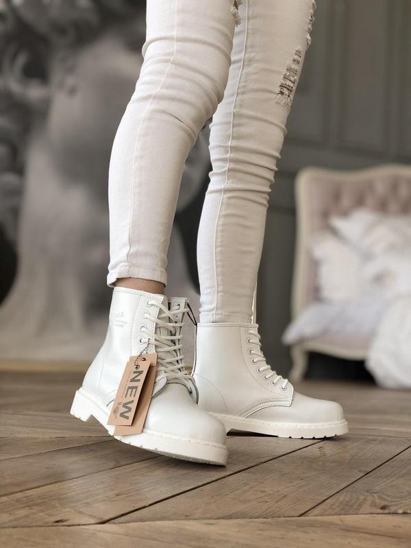 Dr. martens 1460 mono white женские кожаные осенние ботинки бе... - Фото 3