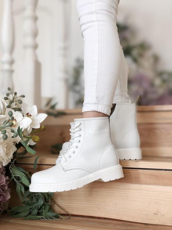 Dr. martens 1460 mono white женские кожаные осенние ботинки бе... - Фото 9