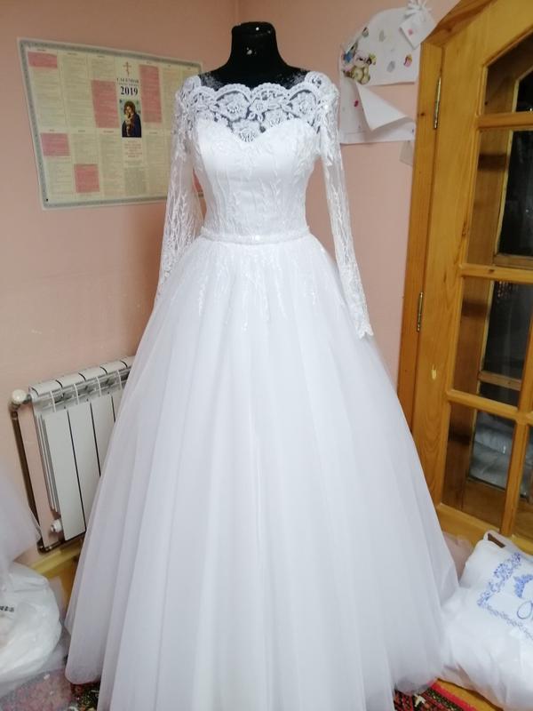 Красивое свадебное платье большого размера