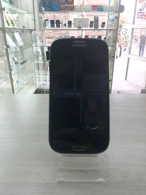 Мобильный телефон Samsung galaxy s3 duos 9301