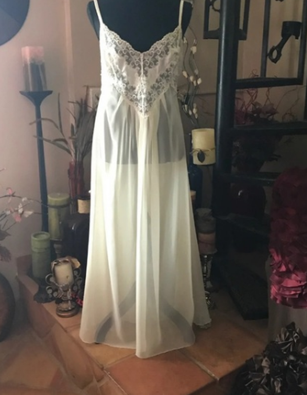 Victoria's secret свадебная ночная рубашка/ночнушка/пеньюар сл...