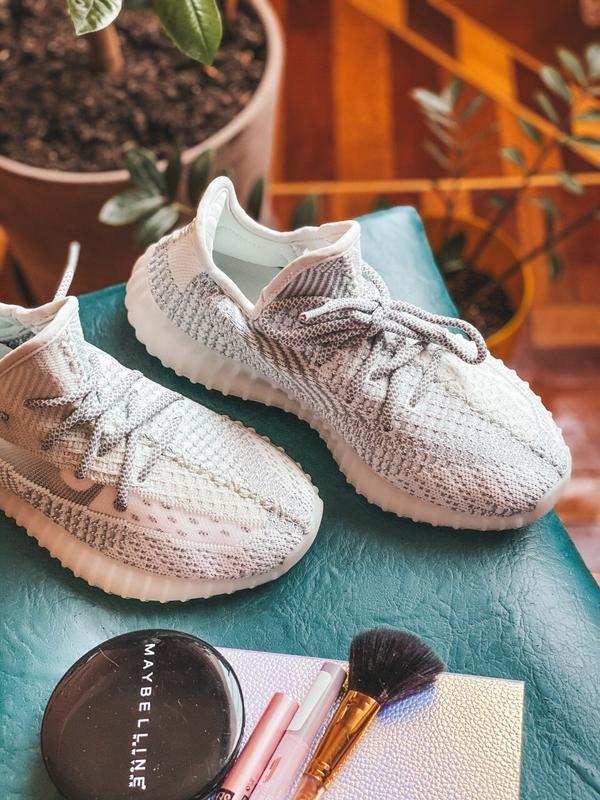 Кроссовки женские adidas yeezy