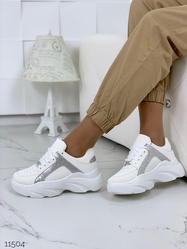 Массивные белые кроссовки на высокой подошве,стильные белые кр... - Фото 3