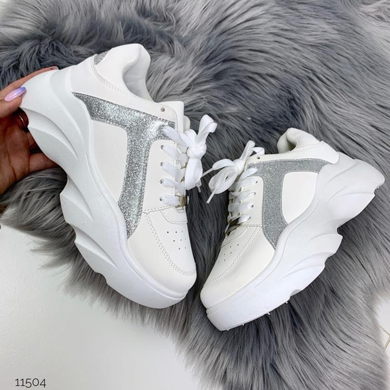Массивные белые кроссовки на высокой подошве,стильные белые кр... - Фото 6