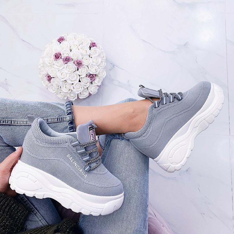 Стильные серые массивные кроссовки, текстильные кроссовки на в... - Фото 2