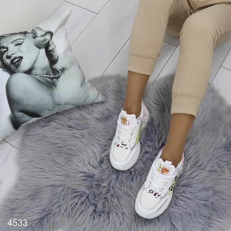 Белые кроссовки с цветными вставками, массивные кроссовки с го... - Фото 3