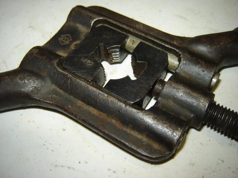 Косой клупп №3 с призматическими раздвижными плашками М12, СССР - Фото 3