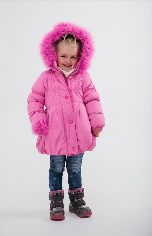 Продам демисезонную  детскую куртку для девочки, новая!