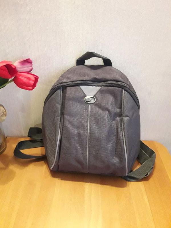 Фирменный рюкзак American Tourister