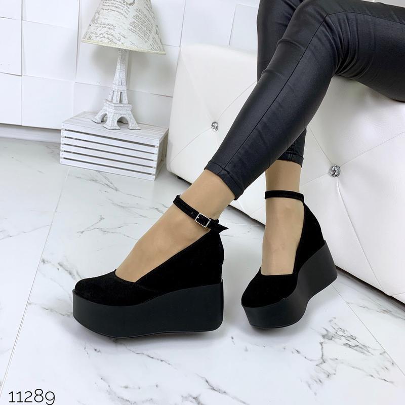 Шикарные черные туфли из натуральной замши