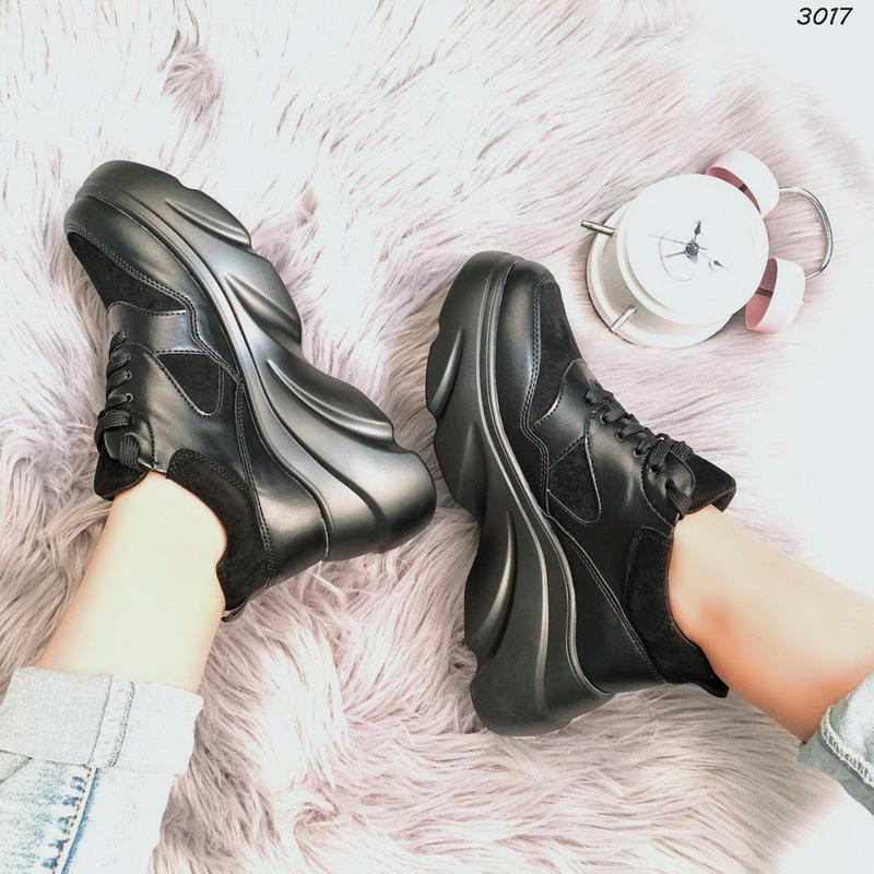 Хит сезона стильные черные кроссы - Фото 2